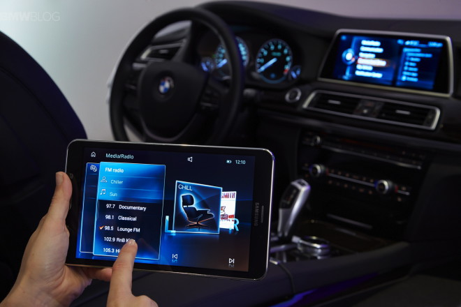 BMW Samsung Touch Command