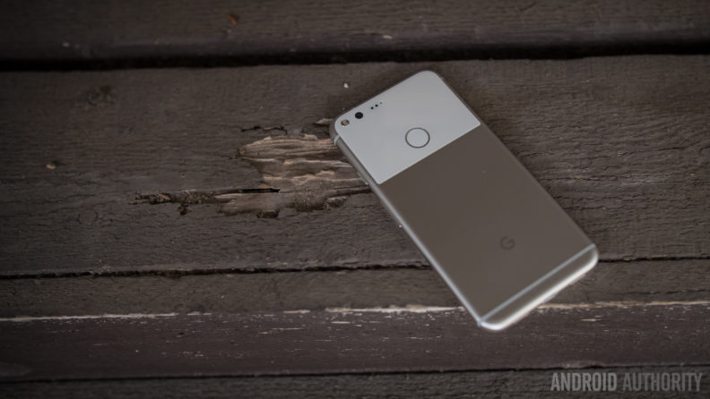 google-pixel-xl-initial-review-aa-37-of-48-back-featured-792×446