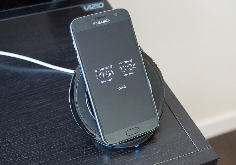 Samsung Wireless Charger Stand 3