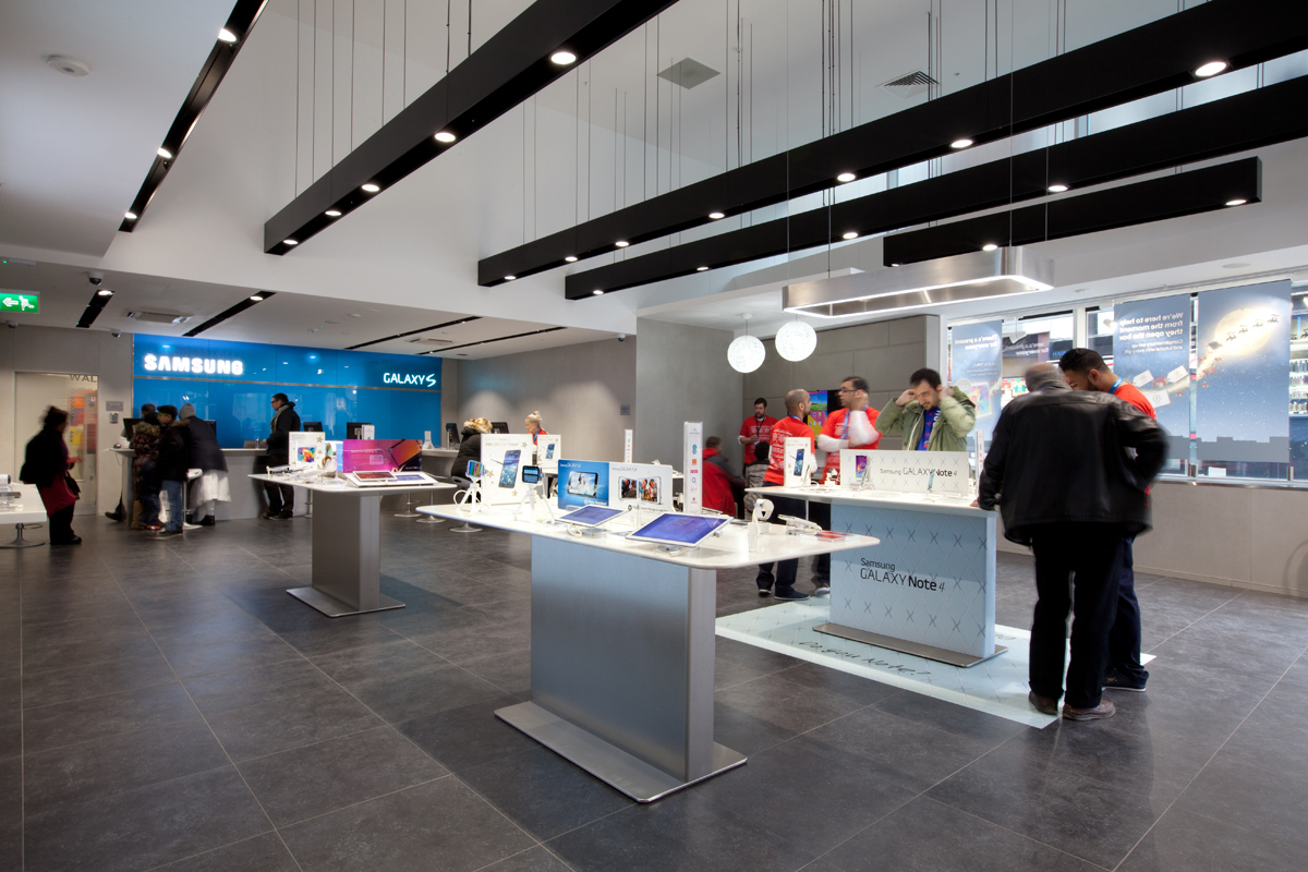 SAM_Retail_Experience_Stores