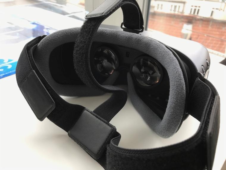 Gear VR remote 3