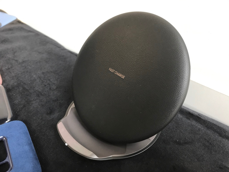 Samsung Wireless Charger Convertible SM 2