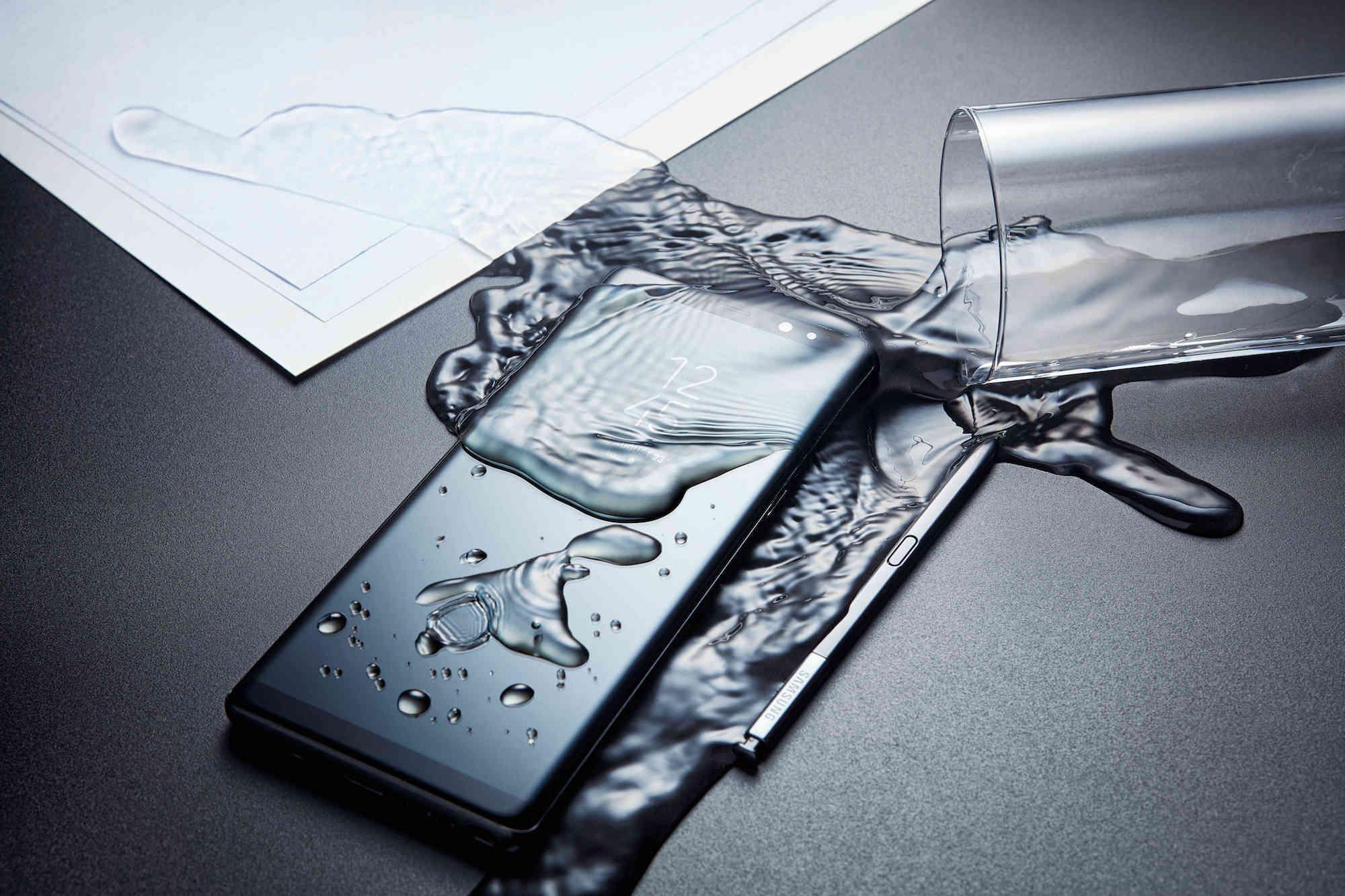 galaxy-note8-s-pen-water