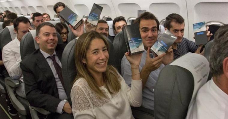 200-passengers-galaxy-note-8-h