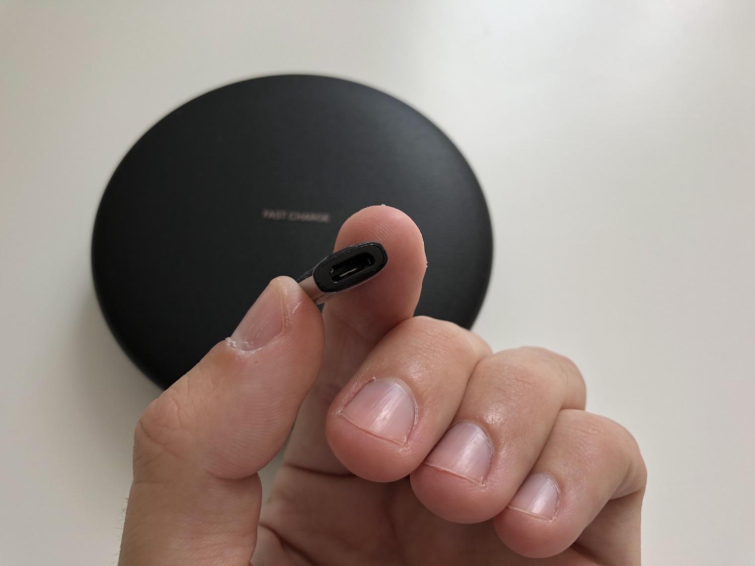 bezdratova podlozka Samsung Wireless Charger 1