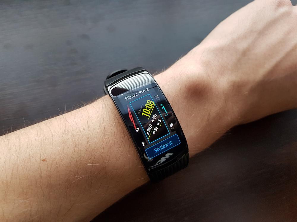 Samsung Gear Fit2 Pro ciferniky 1