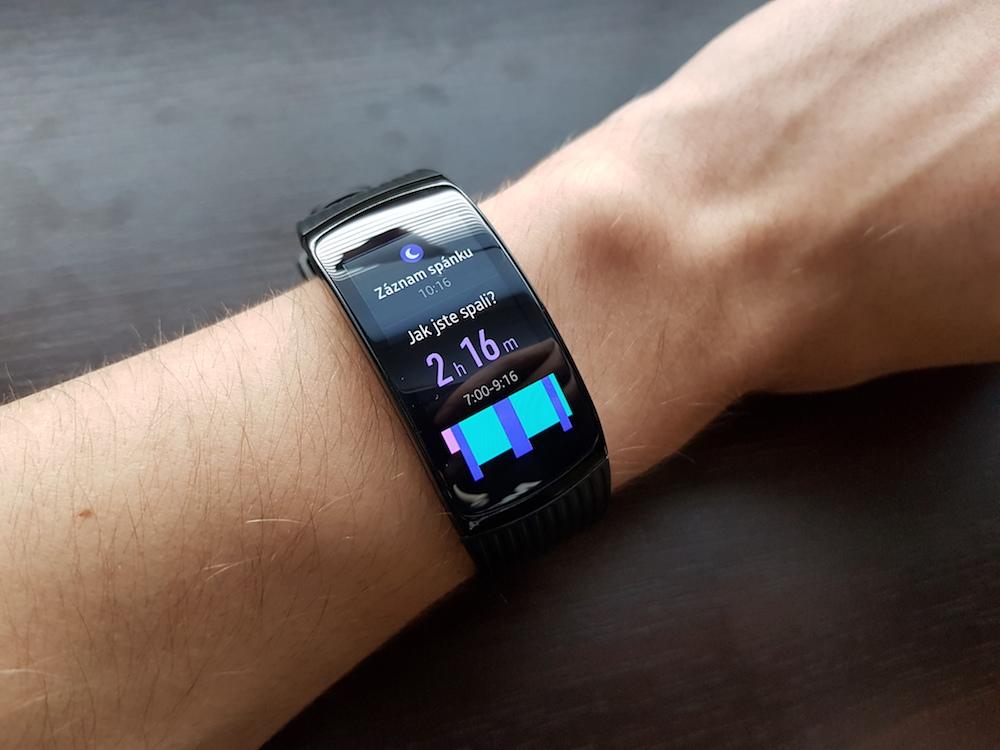 Samsung Gear Fit2 Pro spanek 1