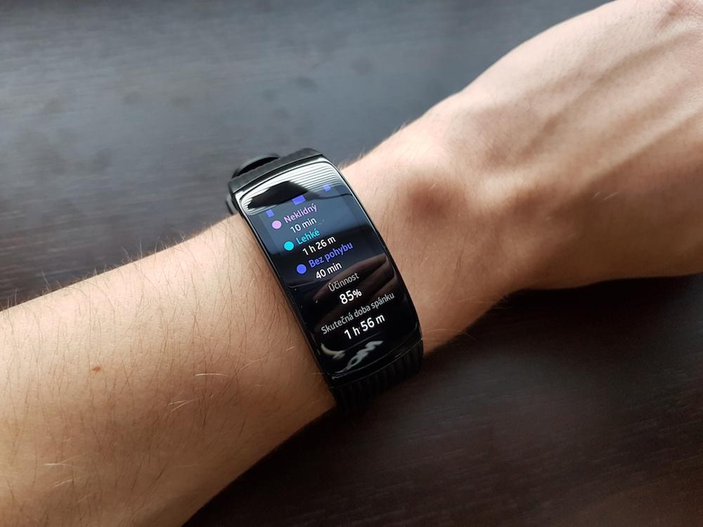 Samsung Gear Fit2 Pro spanek 2