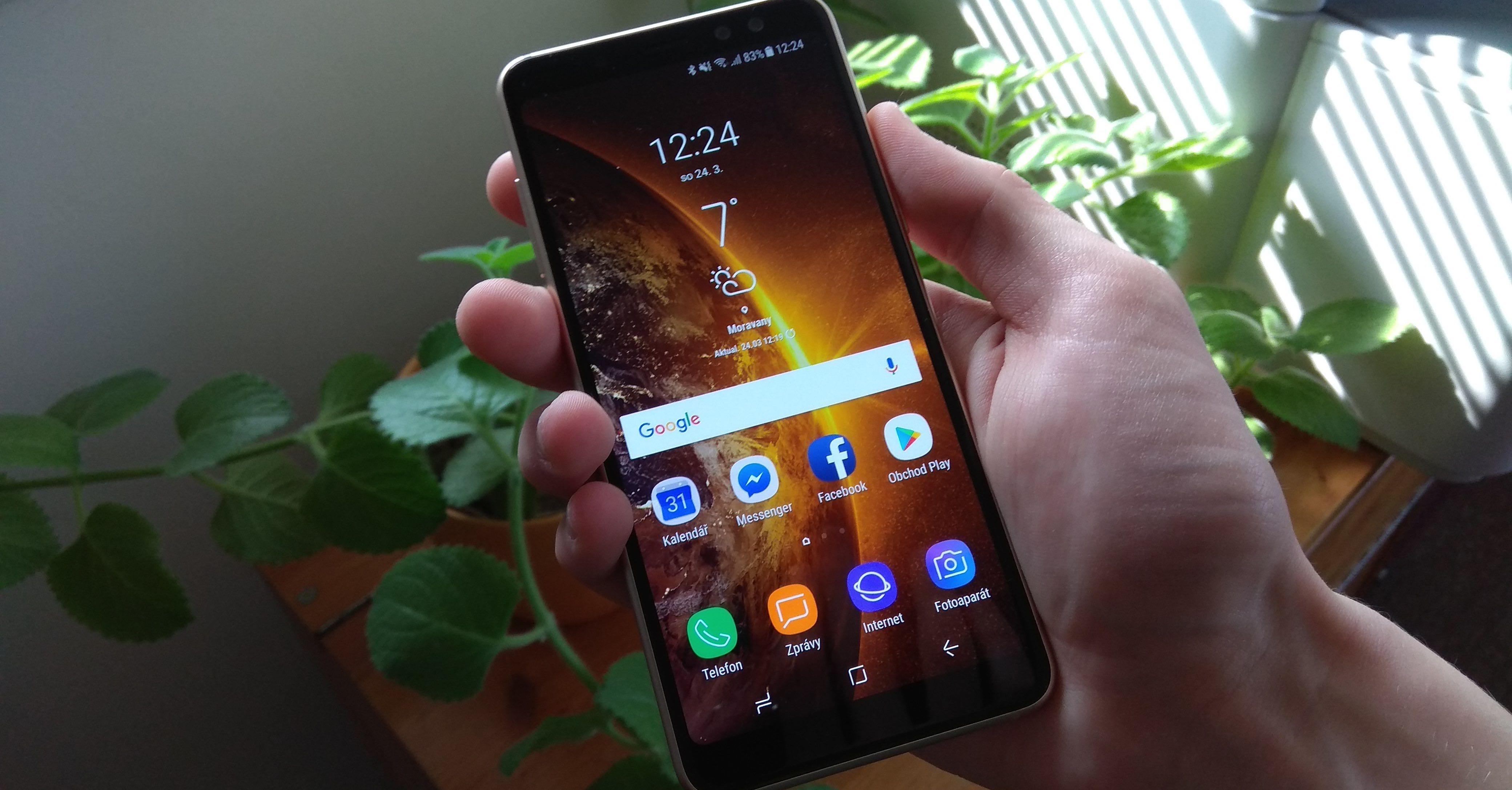 Recenze Samsung Galaxy A8 FB