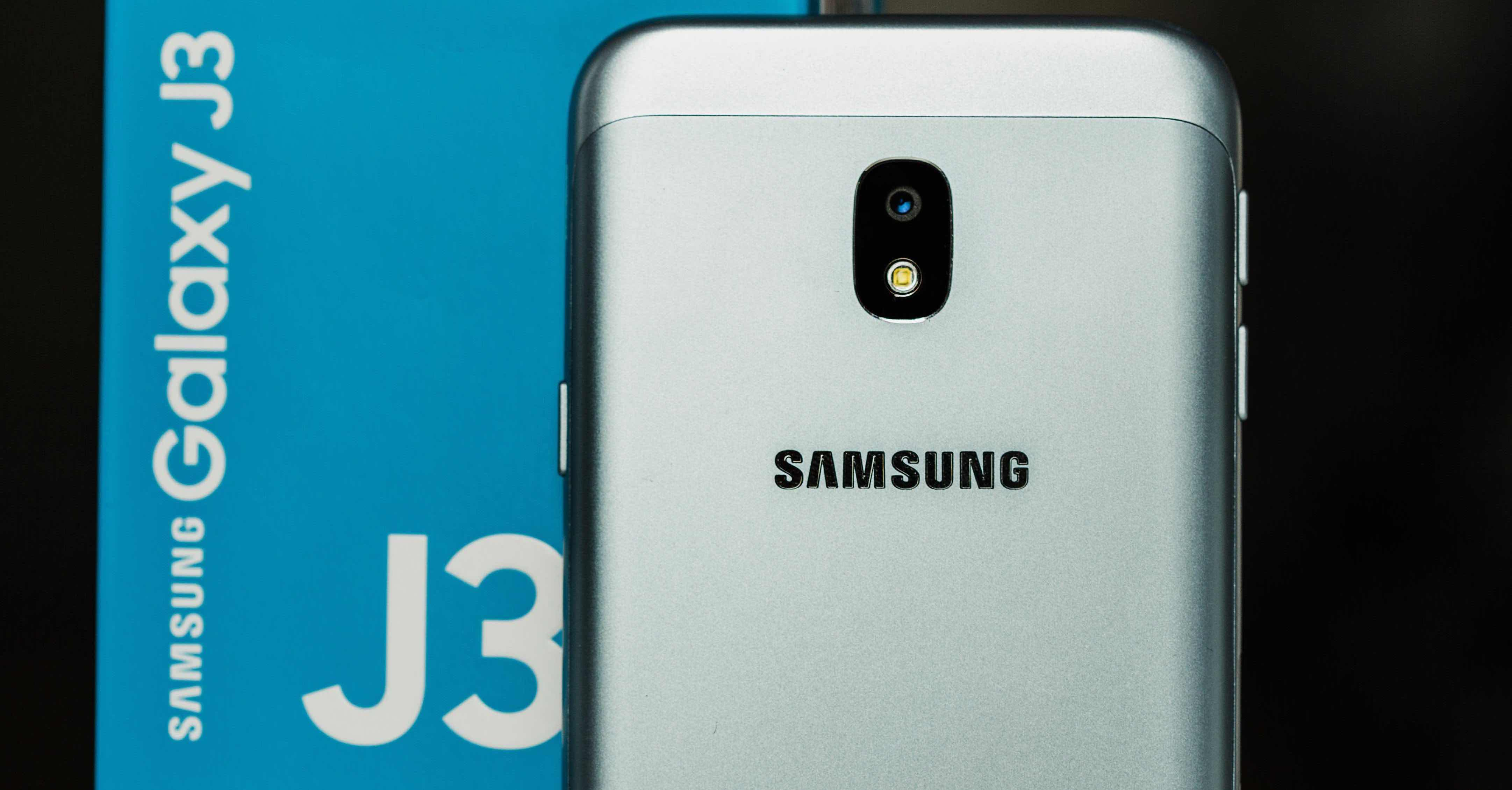 Samsung Galaxy J3 FB