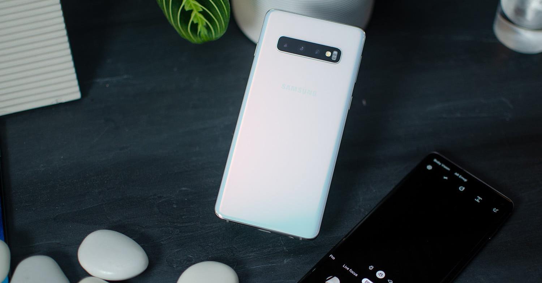 Samsung Galaxy S10 ceramic white FB