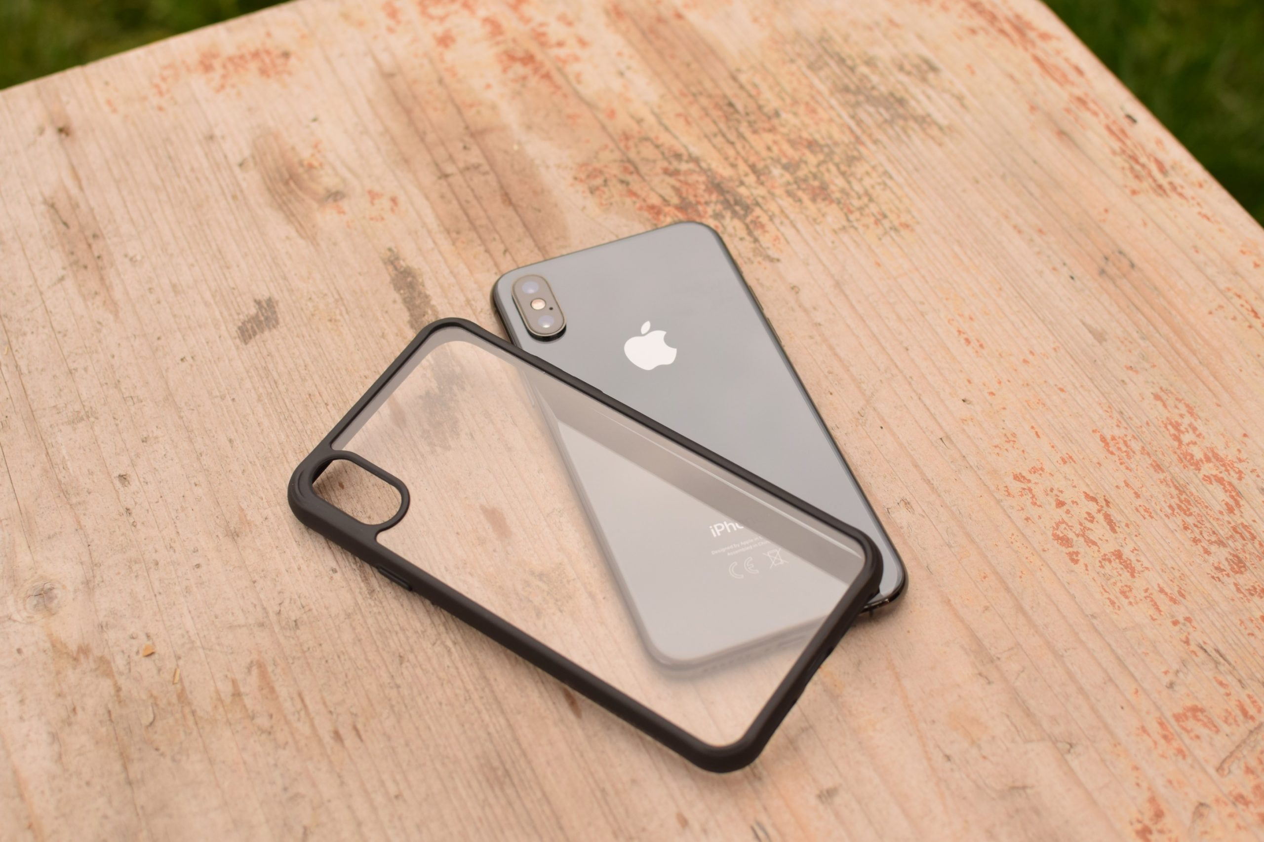 kryt-clearcase-black-edition-a-iphone-scaled